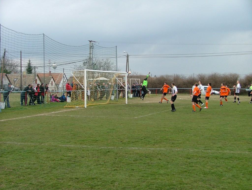 Vinter Zoltán egyenlítő gólja a Bajaszentistván ellen